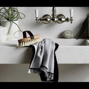 Cb2 modern bath linens